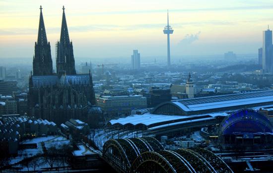 Mit Vollgas durch Kölner Geschichte